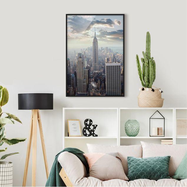 Bild mit Rahmen - Sonnenaufgang in New York - Hochformat 3:4