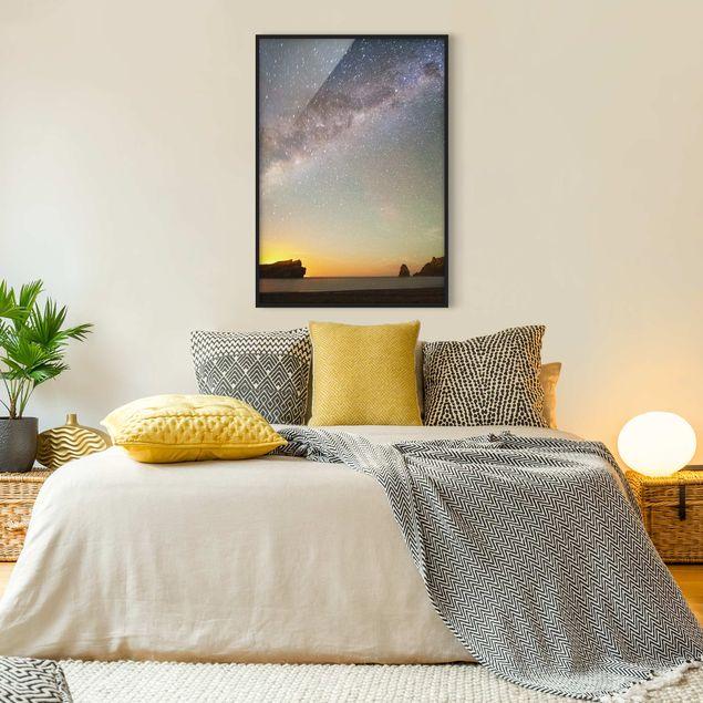 Bild mit Rahmen - Sternenhimmel über dem Meer - Hochformat 3:4