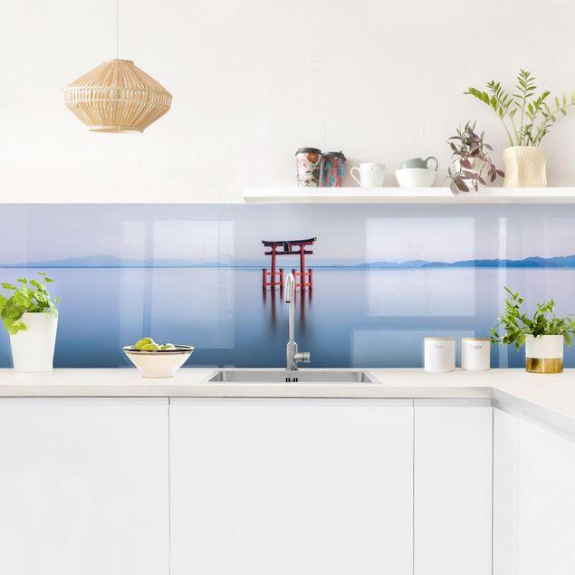 Küchenrückwand - Torii im Wasser