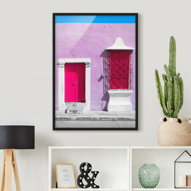 Bild mit Rahmen - Rosa Fassade Pinke Tür - Hochformat 3:4