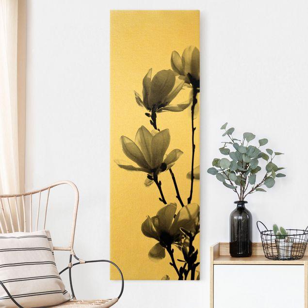 Leinwandbild Gold - Frühlingsbote Magnolie Schwarz Weiß - Hochformat 1:3