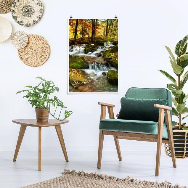 Poster - Wasserfall herbstlicher Wald - Hochformat 3:2
