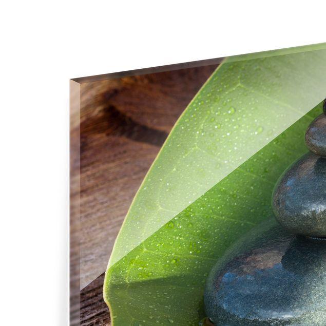 Glas Spritzschutz - Steinturm auf grünem Blatt - Querformat - 4:3