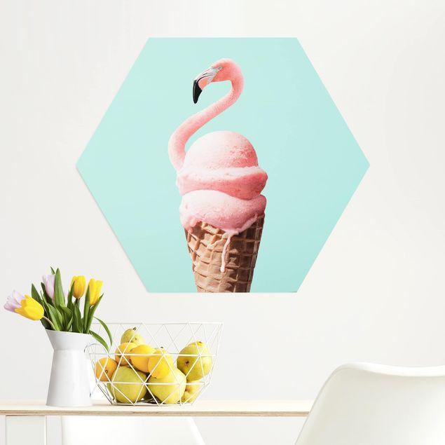 Hexagon Bild Alu-Dibond - Jonas Loose - Eis mit Flamingo