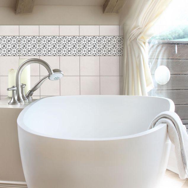 Fliesen Bordüre - Grau Weiß Muster Serie No.7 - 20cm x 20cm Fliesensticker Set