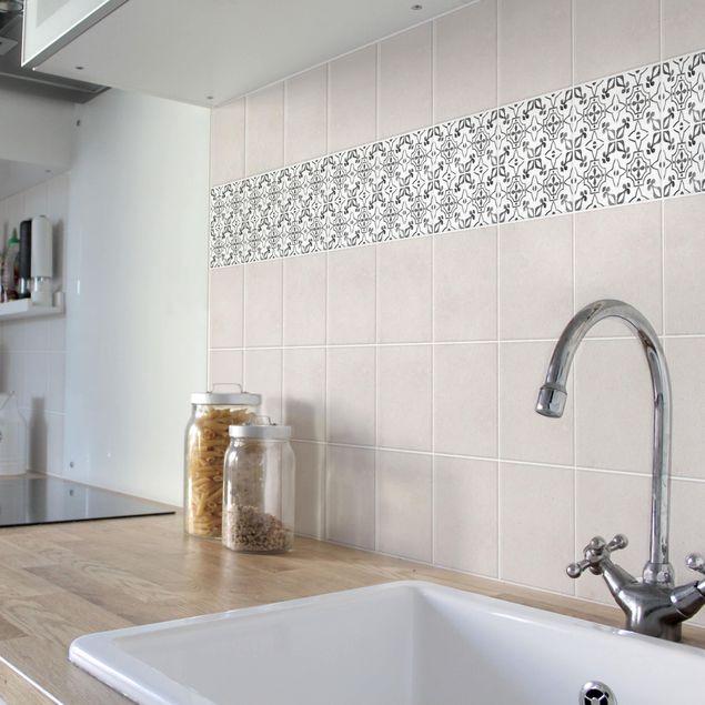 Fliesen Bordüre - Grau Weiß Muster Serie No.9 - 20cm x 20cm Fliesensticker Set