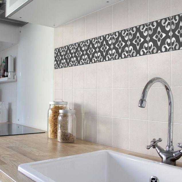 Fliesen Bordüre - Muster Dunkelgrau Weiß Serie No.05 - 10cm x 10cm Fliesensticker Set