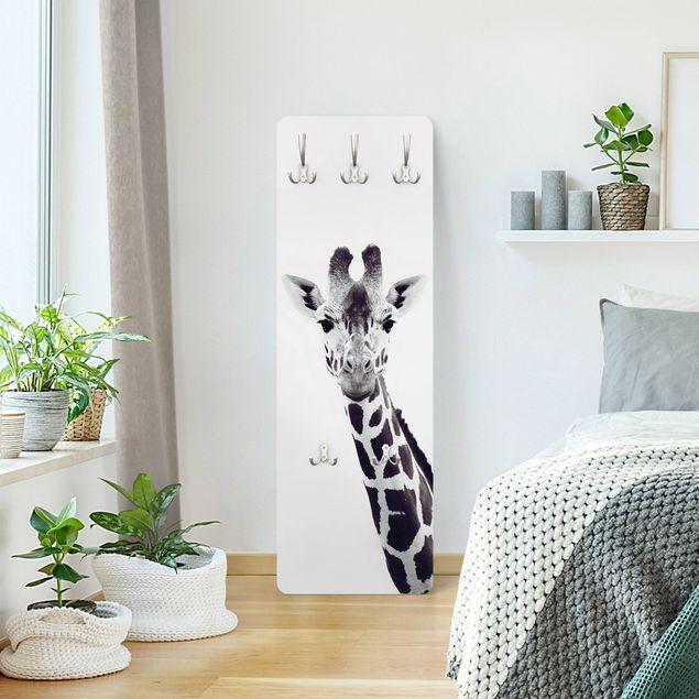 Garderobe - Giraffen Portrait in Schwarz-weiß