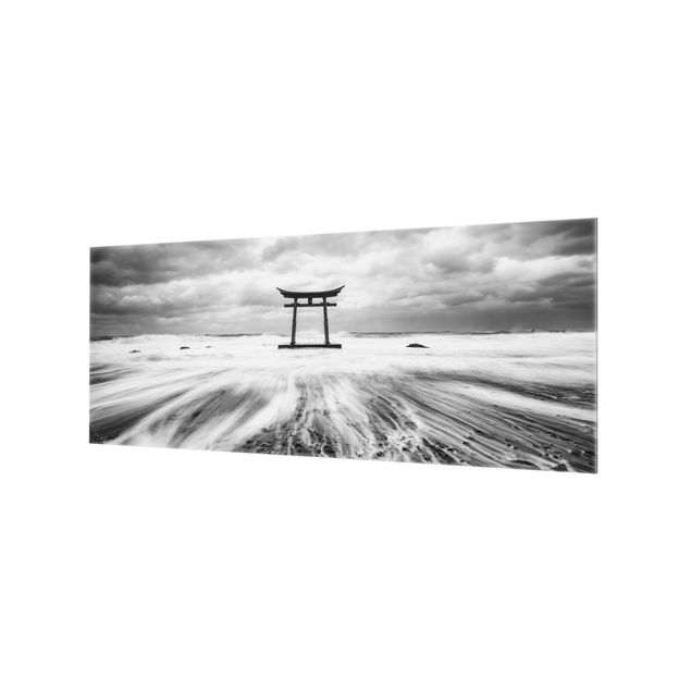 Spritzschutz Glas - Japanisches Torii im Meer - Panorama 5:2