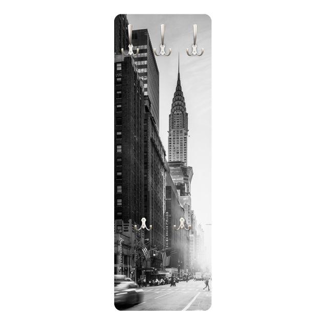 Garderobe - Lebhaftes New York
