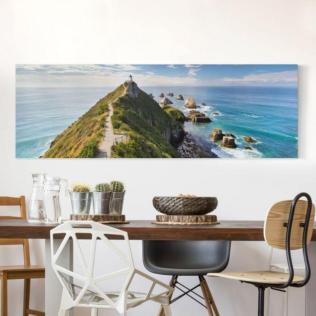 Leinwandbild - Nugget Point Leuchtturm und Meer Neuseeland - Panorama Quer
