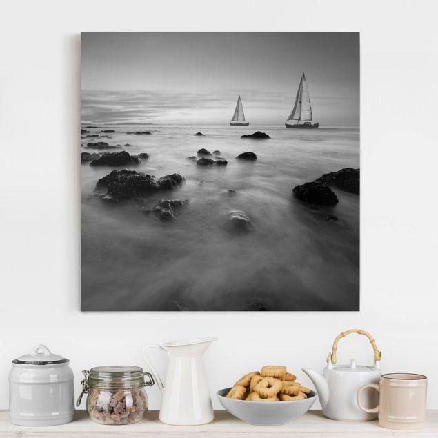 Leinwandbild Schwarz-Weiß - Segelschiffe im Ozean II - Quadrat 1:1