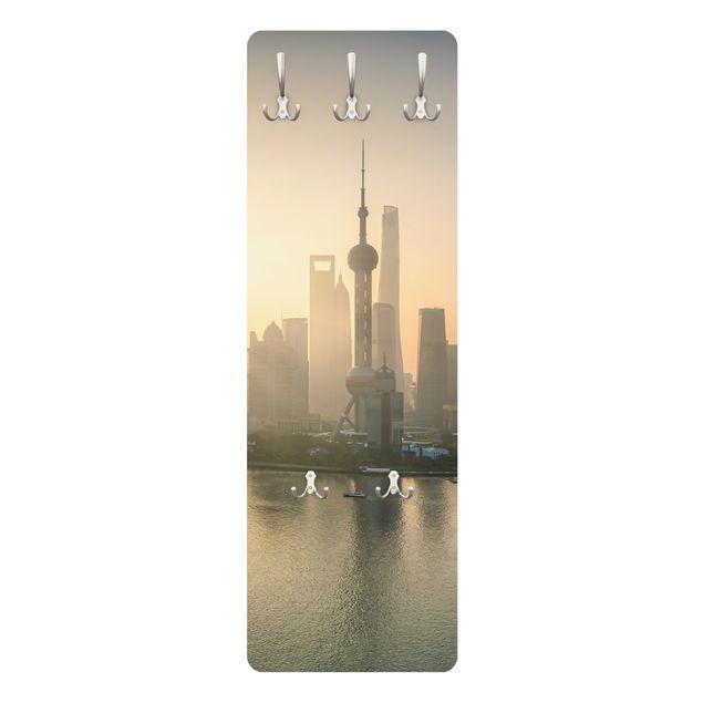 Garderobe - Pudong bei Sonnenaufgang