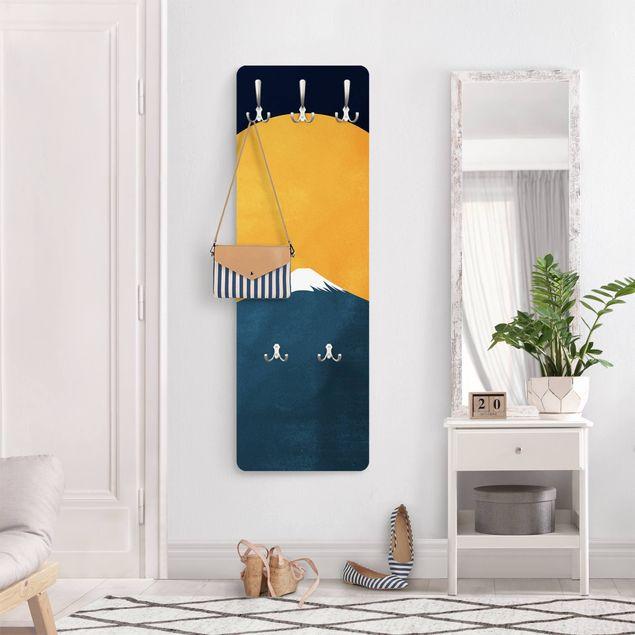 Garderobe - Sonne, Mond und Berge