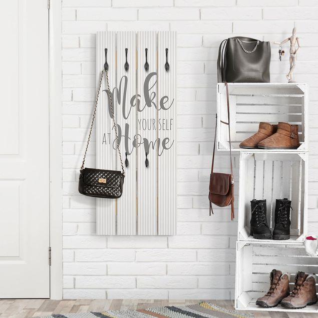 Wandgarderobe Holz - Make yourself at Home