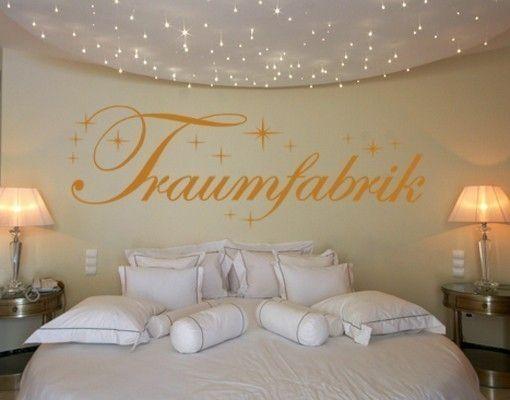 Wandtattoo Traumfabrik mit Sternen