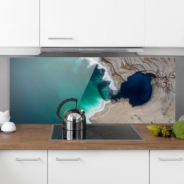 Spritzschutz Glas - Wilde Küstenbucht in Israel - Panorama 5:2