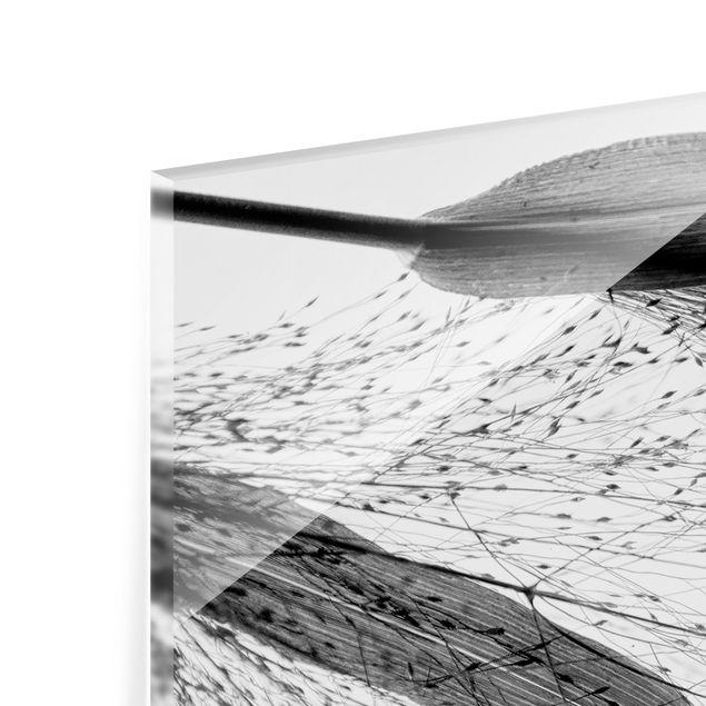 Spritzschutz Glas - Zartes Schilf mit feinen Knospen Schwarz Weiß - Querformat 2:1